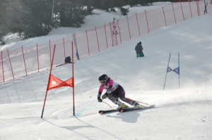 coupe-partenaires-skieuse-num-38-degrange-ines